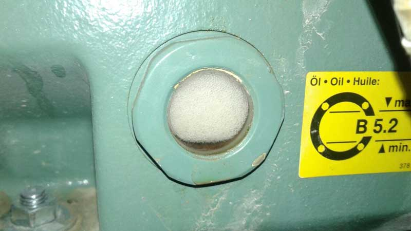 برگشت مایع به کمپرسور باعث سوختگی آن می شود